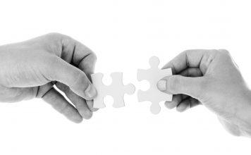 jocul de puzzle