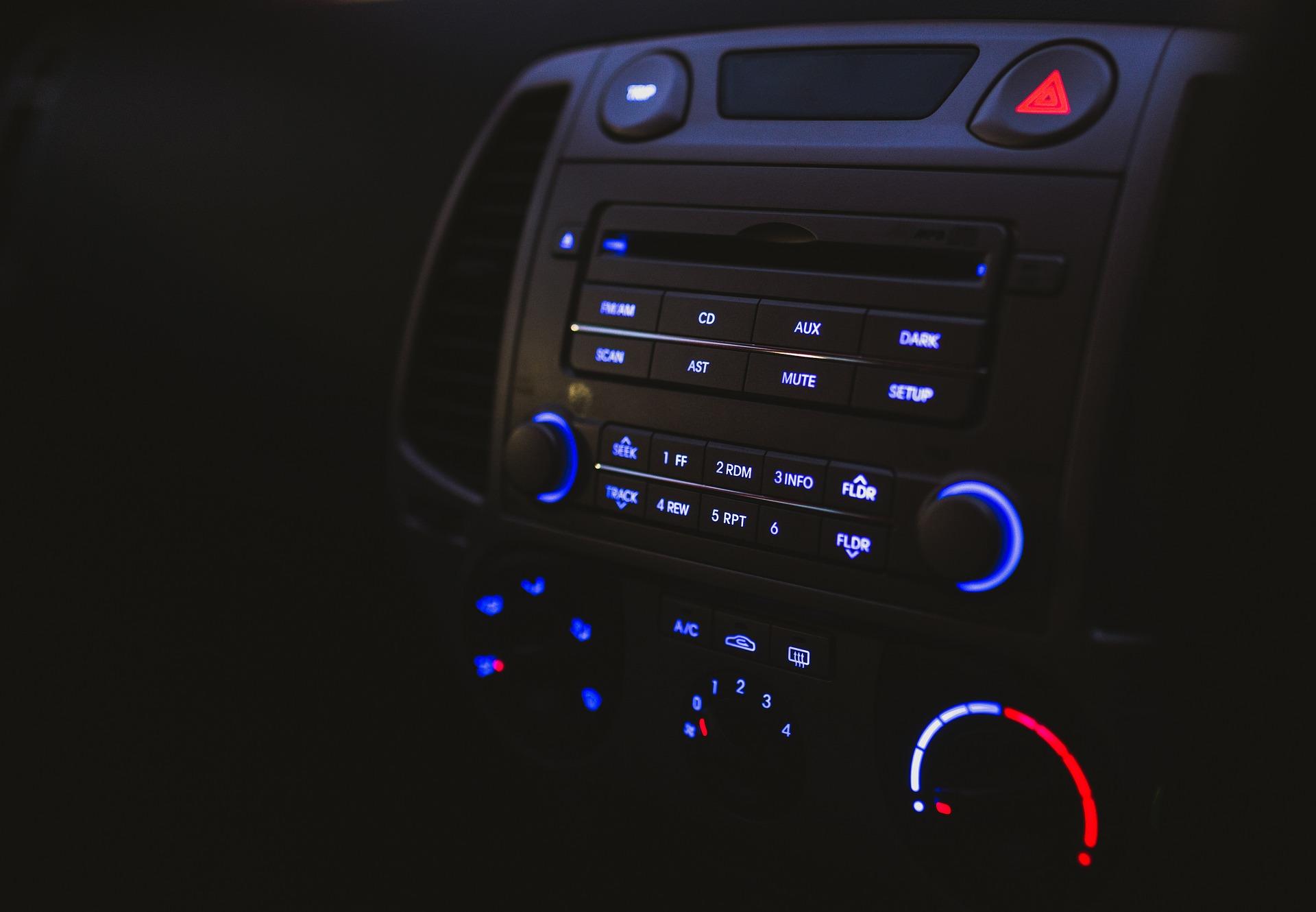 statii radio mobile